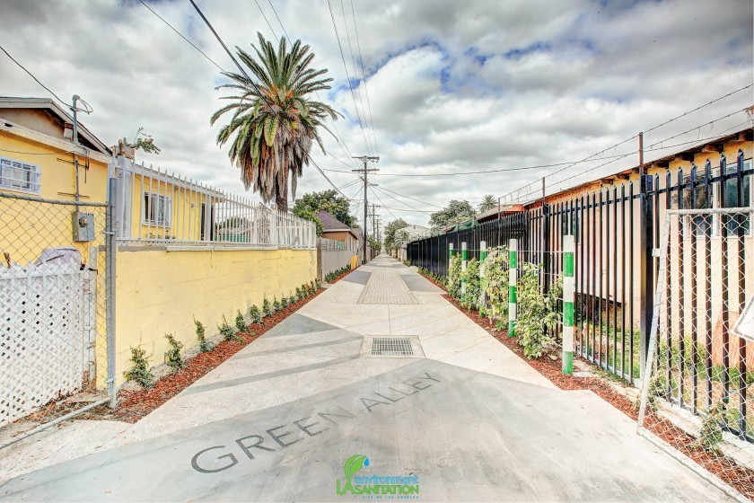 Avalon Green Alley Walkway